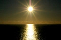 Sea & Sun (Serge Freeman) Tags: ocean sea sky sun reflection nature water horizon symmetry rays