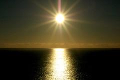 Sea & Sun (Serge Freeman) Tags: ocean sea sky sun reflection nature water horizon symmetry rays