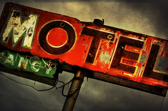 Motel (bekinaz) Tags: sign vintage utah rusty motel greenriver weathered peelingpaint