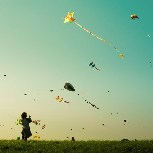 Happy Kids Kites by ►CubaGallery