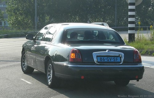 Lincoln Town Car 2001 Taxi A Photo On Flickriver