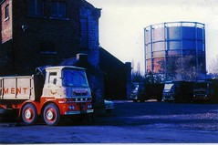 Gasometer Stamford, with Musgrove's lorry in foreground