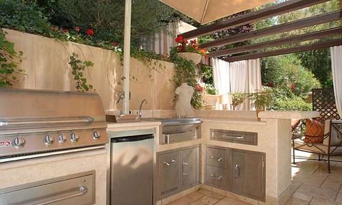 casa-Kim-Kardashian-jardin