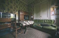 Tatort (klickertrigger) Tags: door urban abandoned wall lost tv chair place desk decay couch sofa exploration tisch tür fernseher stuhl ue verlassen unit urbex verfall schrankwand