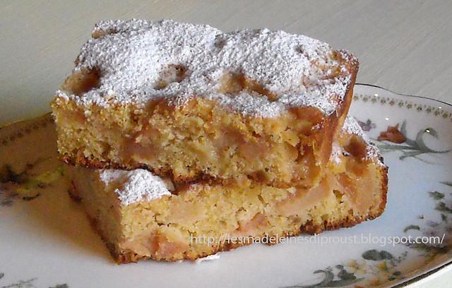 torta-di--pere-cotogne-caramellate-e-nocciole