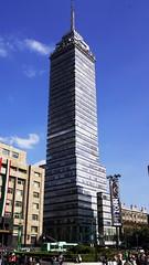 Torre Latinoamericana (hmerinomx) Tags: city blue sky building luz azul architecture skyscraper mexico daylight arquitectura df torre edificio dia cielo cielos federal distrito latinoamericana rasca flickraward blinkagain