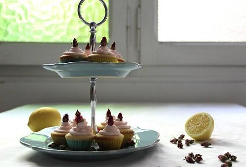 Lemon & Roses Cupcakes pro