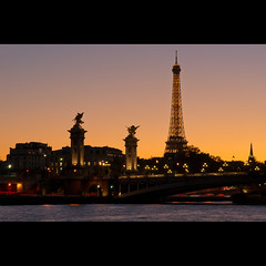 Alexandre III sur fond de Tour Eiffel (Zed The Dragon) Tags: city morning bridge light sunset sky 3 paris building skyline night skyscraper reflections french landscape lights iso100 europe long exposure flickr cityscape view shot minolta sony iii capital eiffel images 100mm best musee fave most ciel getty pont faves 100 alpha nuage alexandre nuit pyramide mange reflets hdr sal lelouvre zed gettyimages francais 100mmmacro alexandreiii parisien favoris poselongue 0sec 100faves f140 a850 hpexif minoltad concordians 100comment dslra850 alpha850 zedthedragon 100coms