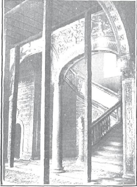 Apuntalamiento por el Hundimiento en el Claustro del Hospital de Santa Cruz el 7 de septiembre de 1906. Foto Lucas Fraile para Nuevo Mundo
