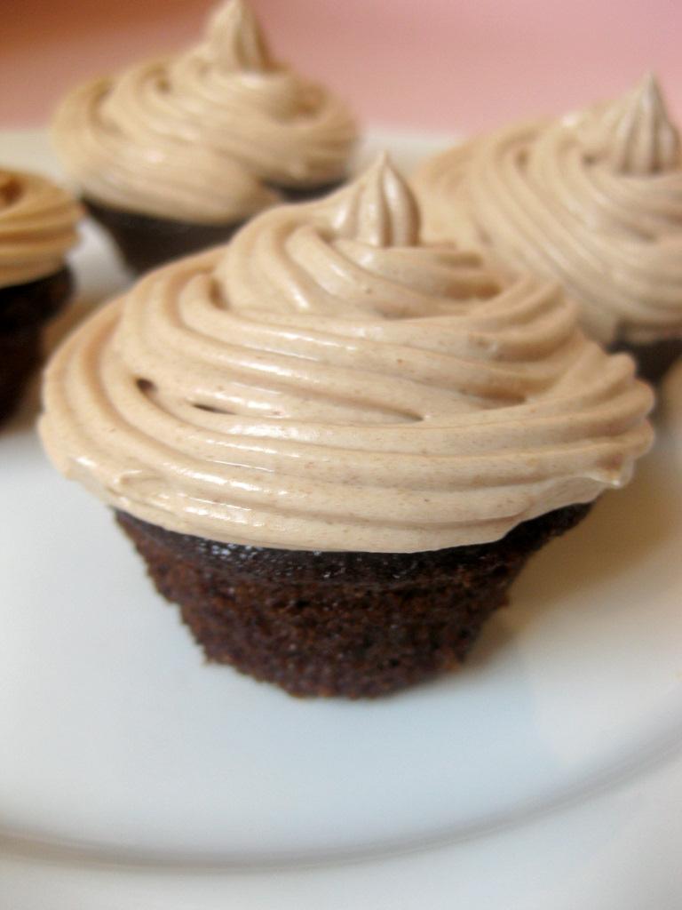 CHOCOLATE ESPRESSO CAKE ( CUPCAKE) | kurryleaves