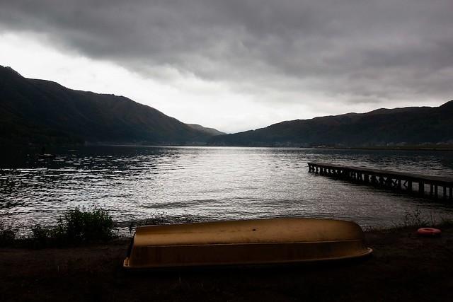 木崎湖キャンプ場のボート (Boat of Kizaki lake camping site.)