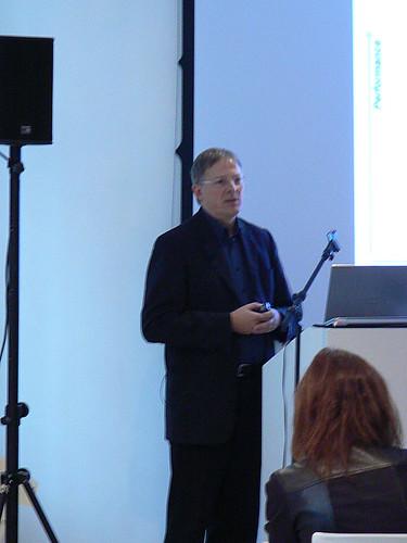 Roland Gehrmann presents Toshiba Electronics latest ARM-based microcontroller device.