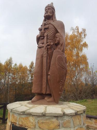 Pomnik Władysława Hermana i Bolesława Krzywoustego w Inowłodzu