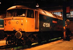 47539_6.3.88 (runtheredline) Tags: night br shot diesel photograph nightime 80s locomotive 1980s railways britishrail class47 oldoakcommon largelogo brushtype4 47539