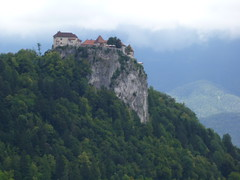 Castelo de Bled (Mauro Quilombola) Tags: slovenia lagodebled padremauroluizdasilva mauroluizdasilva