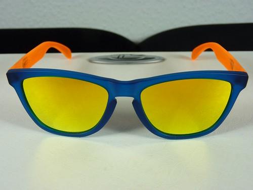 oakley frogskins sunglasses blacklight  oakley frogskins blacklight blue orange w/fire irid