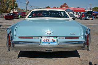 1975 Cadillac Sedan de Ville (9 of 9)