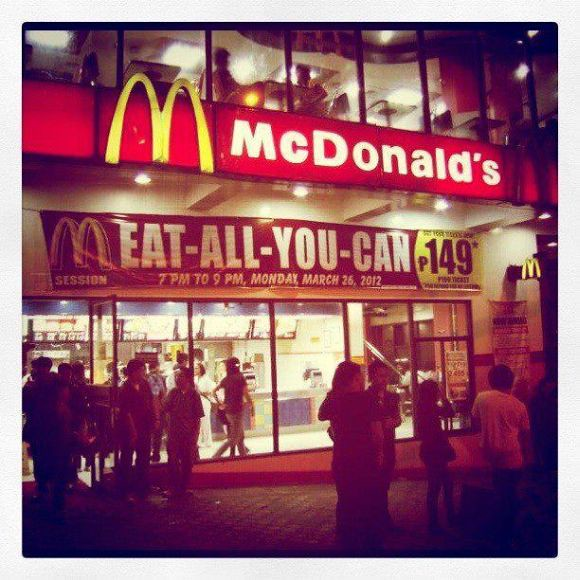 McDonald's Baguio eat all you can buffet on March 26, 2012