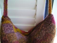 felted purse zipper close up