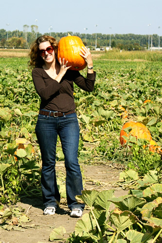 Me-holding-pumpkin