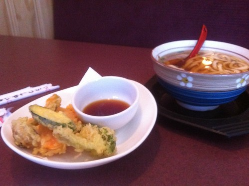 Udon with Tempura by raise my voice