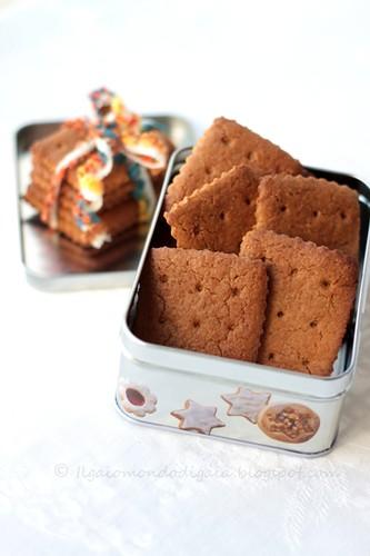 crackers di zucchero e viole