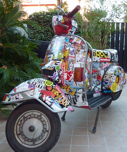 stick my vespa 2.0 (day7) by OMINO71
