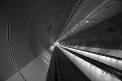 Tunnelvisie (Dimormar!) Tags: bw rotterdam meetup tunnel architectuur metrostation wilhelminaplein 123bw loopband tunnelvisie rotterdammeetup2011