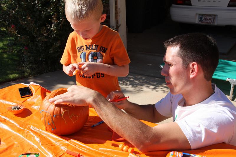 pumpkincarving-4