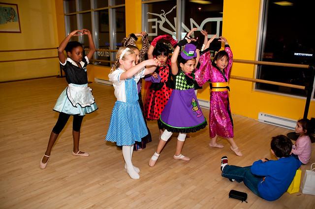 Halloween ballet '11 018
