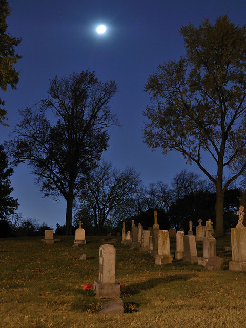 Saint Peter and Paul Catholic Cemetery, in Saint Louis, Missouri, USA - moon