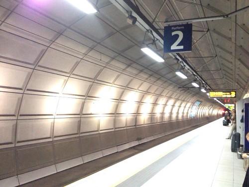 ヒースローセントラル駅