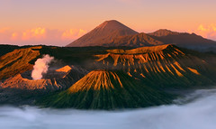 Bromo - Dissipating Fog (tropicaLiving - Jessy Eykendorp) Tags: morning light nature fog sunrise canon indonesia landscape photography eos volcano nationalpark sand asia southeastasia day desert outdoor caldera lee malang filters 1022mm gravel surabaya bromo active tengger mountbromo canon1022mm mountsemeru eastjava 50d mountbatok regionwide mountpananjakan