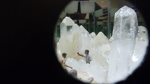 P1010884-2011-11-05-Ponce-Crush-Kibbee-Gallery-diorama--by-Don-Robson-VIDEOpreview