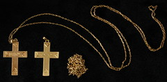 4044. Two 18KT Cross Necklaces