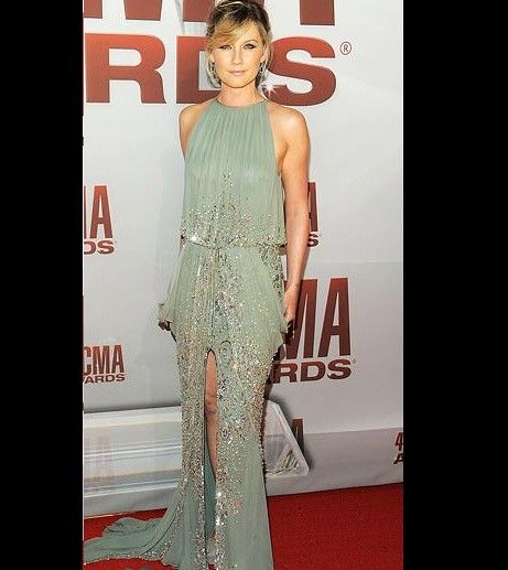 CMA-Awards-Best-Dressed-Jennifer-Nettles