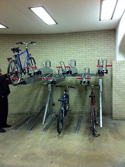 New two-level bike parking at Loyola Red Line station