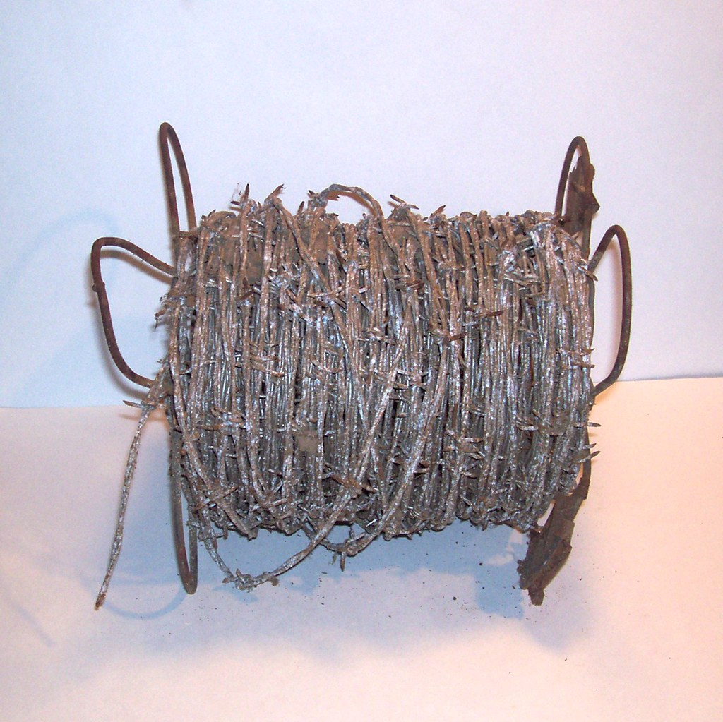 Antique Barbed Wire Roll 4 Pt Barb Metal Double Twist