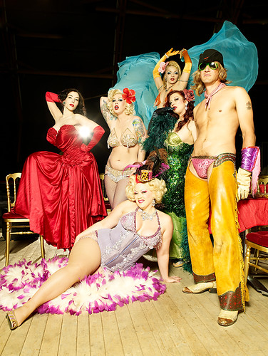 Cabaret New Burlesque photo by Eve Saint-Ramon