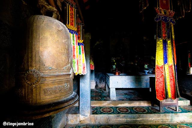 Religión en Tam Coc, Vietnam