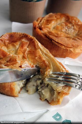 Dôme - Chicken and Mushroom Ragout Pie