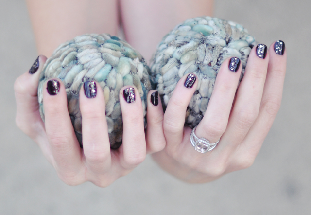 nails-pussy willow decor balls-ring