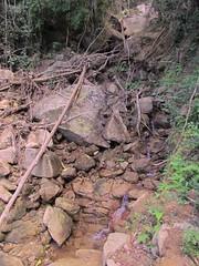 Devastao (YujiSato) Tags: pedras devastao crrego