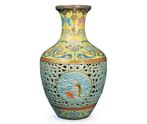qianlong-porcelain-vase