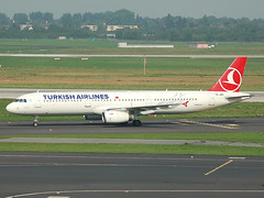 TC-JRN Airbus A321 Turkish Airlines (johnyates2011) Tags: airplanes airbus dusseldorf turkishairlines tcjrn