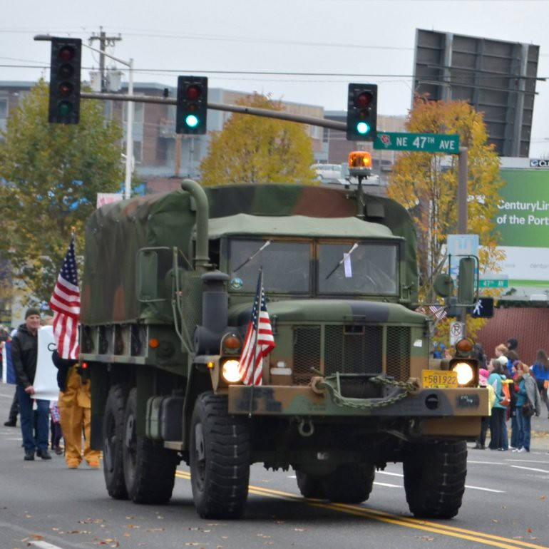 DSC_0027p_veterans_day_parade_truck