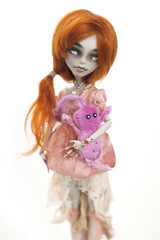 this is my friend (Hiritai) Tags: monster high custom mh repaint goulia sombie yelps