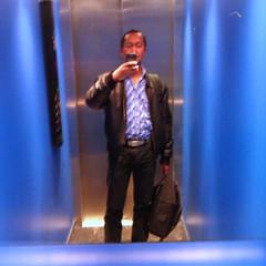 4352 | It's hip to be square | Good ol' Selfie-in-elevator-mirror shot (Stewart Leiwakabessy) Tags: portrait selfportrait me self project myself phonecam square phone border smartphone stewart squareformat weeks weekly 52 wildfire htc 2011 leiwakabessy stewartleiwakabessy i