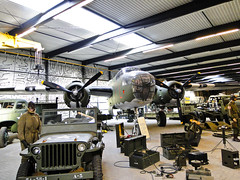 North American B-25D Mitchell (StefoF) Tags: netherlands museum ww2 museo mitchell bomber warbird olanda warmuseum b25 northamerican libertypark overloon oorlogsmuseum b25d bombardiere museodiguerra