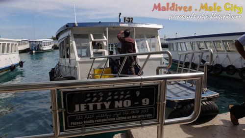 Maldives ferry ride 02
